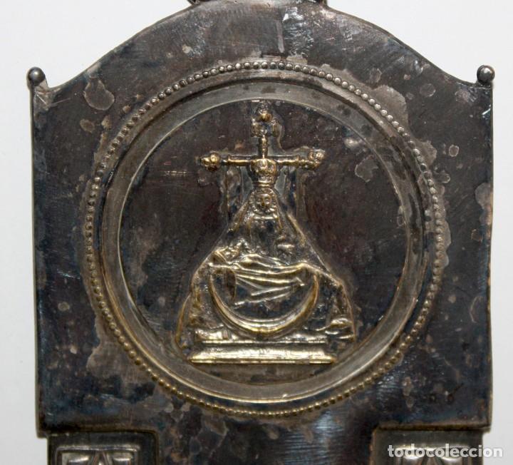 Antigüedades: BENDITERA DE FINALES DEL SIGLO XIX EN METAL PLATEADO - Foto 3 - 197786126