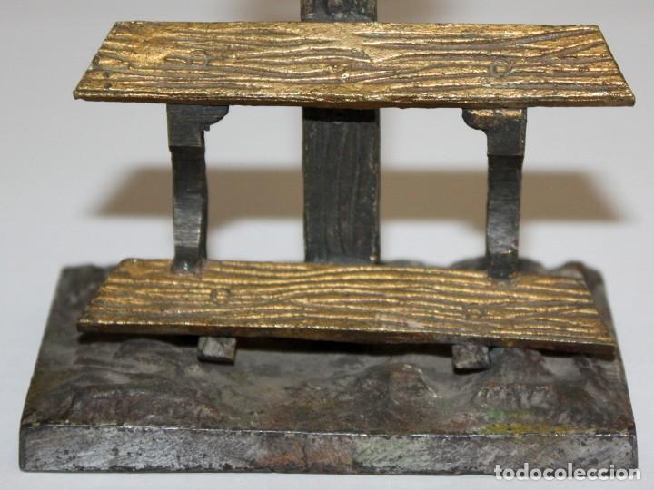 Antigüedades: ORATORIO DE SOBREMESA O SIMILAR EN BRONCE Y ESMALTE PINTADO RELIGIOSO - Foto 4 - 197810196