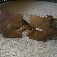 Antigüedades: CINTURON ARTESANO DE EPOCA. Lote 197894296