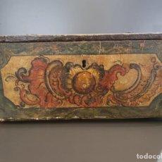 Antigüedades: MAGNIFICA ARQUETA POLICROMADA S.XVIII. Lote 197924146