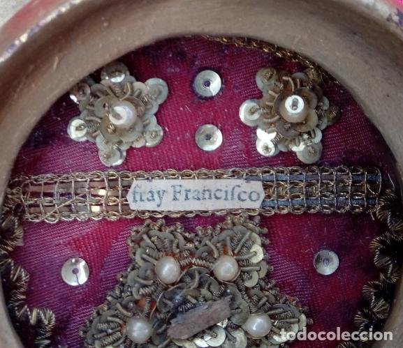 Antigüedades: PAREJA RELICARIOS SIGLO XVIII, CON RELIQUIAS DE SAN FRANCISCO SOLANO. DIM.- 25X18 CMS (BUEN TAMAÑO) - Foto 13 - 197942671