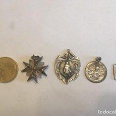 Antigüedades: MEDALLAS DE PLATA RELIGIOSAS, LOTE 4 MEDALLAS. Lote 197945203