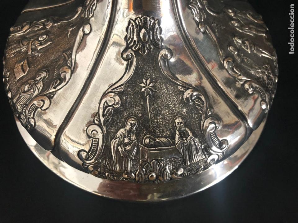 Antigüedades: Precioso cáliz con escenas religiosas de los Santos Misterios - Foto 16 - 197948015