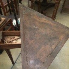 Antigüedades: MESA DE JUEGO. Lote 197984795