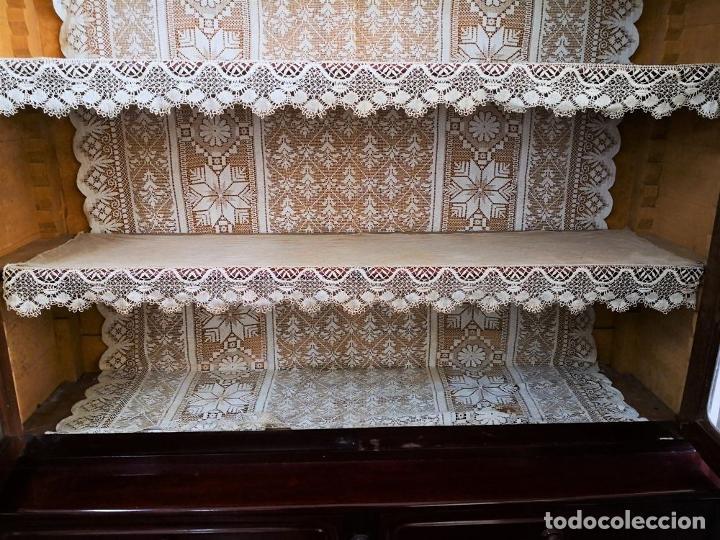 Antigüedades: LIBRERÍA EN MADERA DE CAOBA. ESTILO ISABELINO. ESPAÑA. SIGLO XIX. - Foto 6 - 198025338