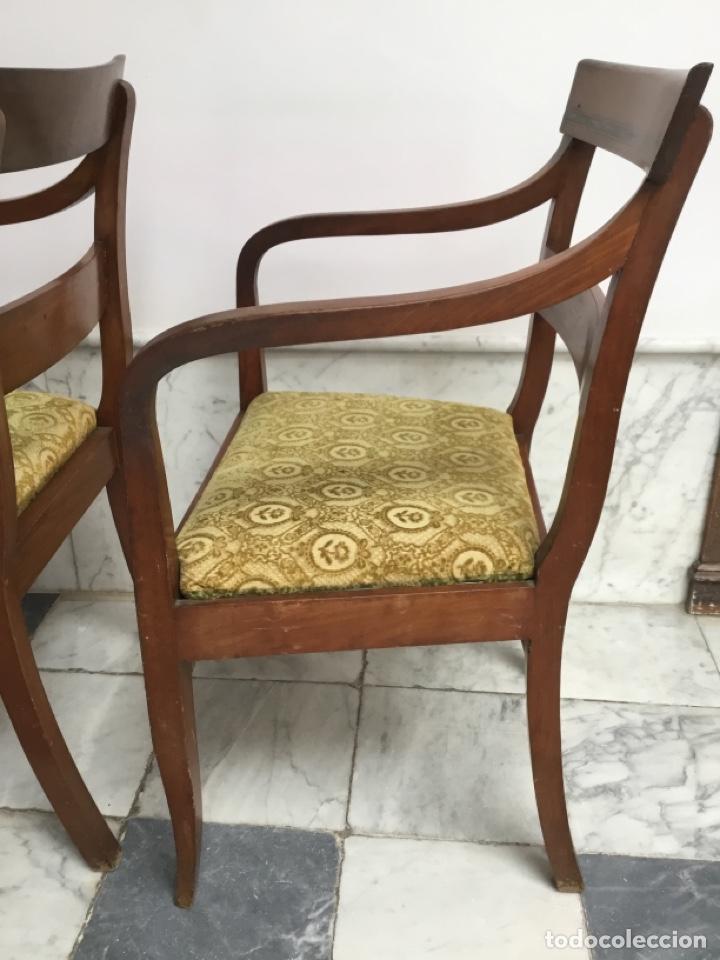 Antigüedades: Pareja de sillas con brazos con adornos de marquetería - Foto 5 - 198036181