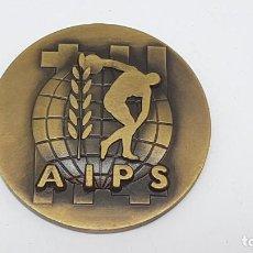 Antiguidades: MEDALLA ASSOCIATION INTERNATIONALE DE LA PRESSE SPORTIVE ( MAYO 1986 ). Lote 198046802