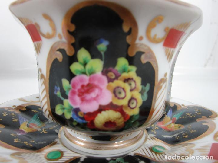 Antigüedades: Precioso Juego de Café Isabelino - Porcelana - Decorada con Pájaros y Flores - S. XIX - Foto 8 - 198077186