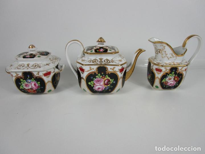 Antigüedades: Precioso Juego de Café Isabelino - Porcelana - Decorada con Pájaros y Flores - S. XIX - Foto 23 - 198077186