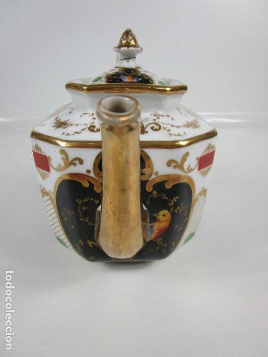 Antigüedades: Precioso Juego de Café Isabelino - Porcelana - Decorada con Pájaros y Flores - S. XIX - Foto 30 - 198077186