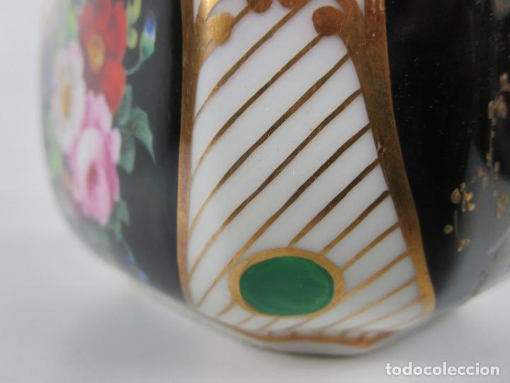 Antigüedades: Precioso Juego de Café Isabelino - Porcelana - Decorada con Pájaros y Flores - S. XIX - Foto 53 - 198077186