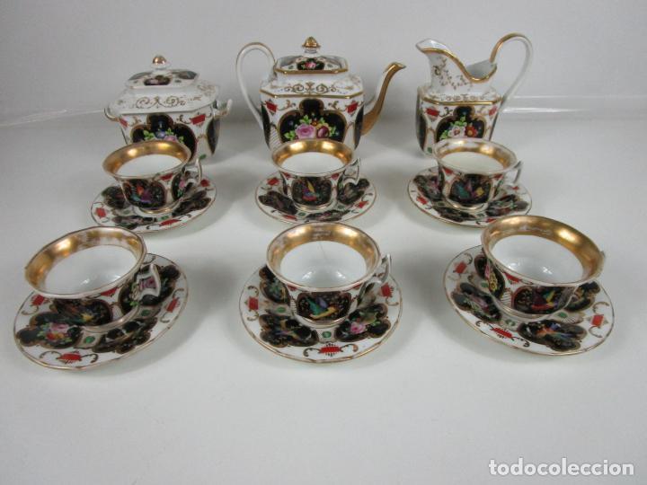 PRECIOSO JUEGO DE CAFÉ ISABELINO - PORCELANA - DECORADA CON PÁJAROS Y FLORES - S. XIX (Antigüedades - Porcelanas y Cerámicas - Otras)