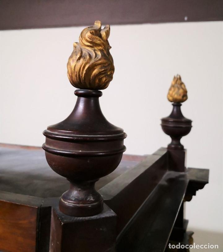 Antigüedades: CAPILLA PARA IMAGEN O VITRINA. MADERA DE CAOBA. ESTILO IMPERIO. ESPAÑA. PRINCIPIOS SIGLO XIX. - Foto 6 - 198116480