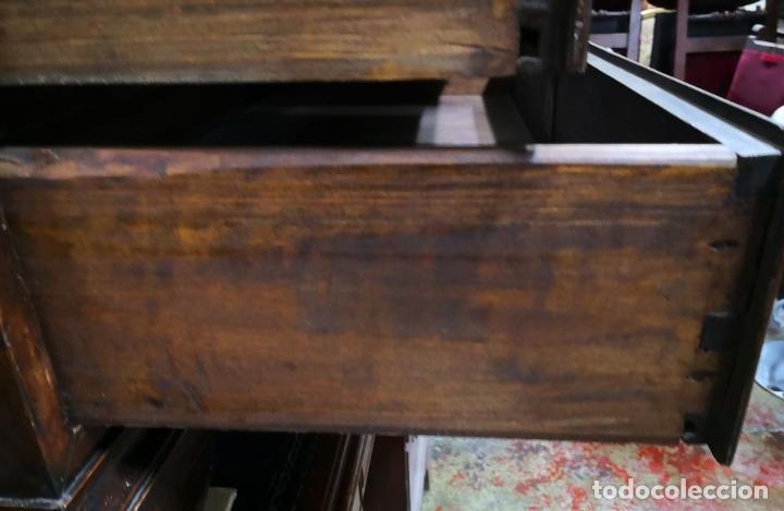 Antigüedades: CANTERANO ESCRITORIO MALLORQUÍN. MADERA DE NOGAL. ESPAÑA. SIGLO XVIII. - Foto 7 - 198123927