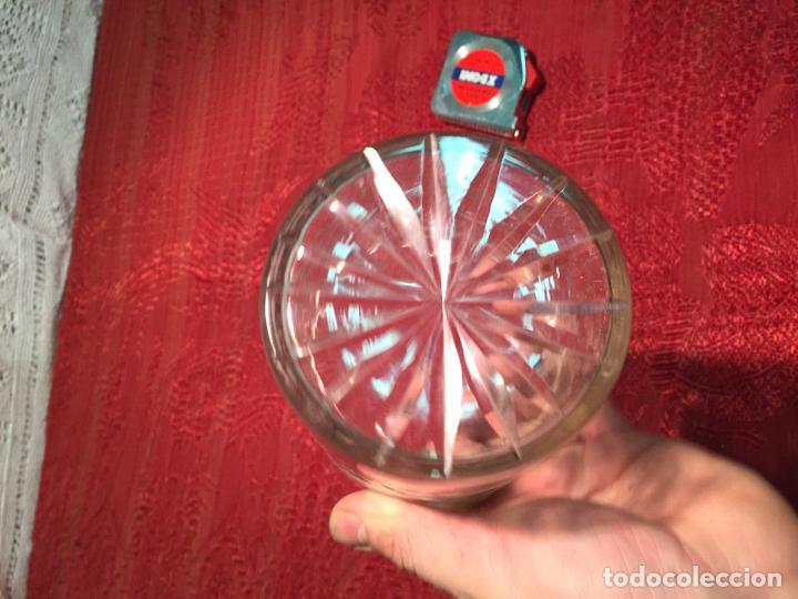 Antigüedades: Antiguo cuenco / recipiente de cristal tallado a mano de los años 40-50 - Foto 5 - 198140025