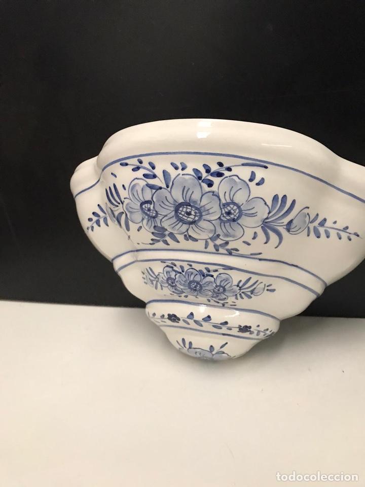 Antigüedades: Benditera en porcelana principio de siglo - Foto 20 - 198140863