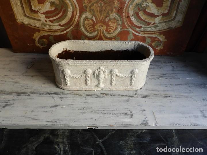 Antigüedades: JARDINERA OVALADA DE HIERRO CON BONITO TRABAJO - Foto 7 - 198288642