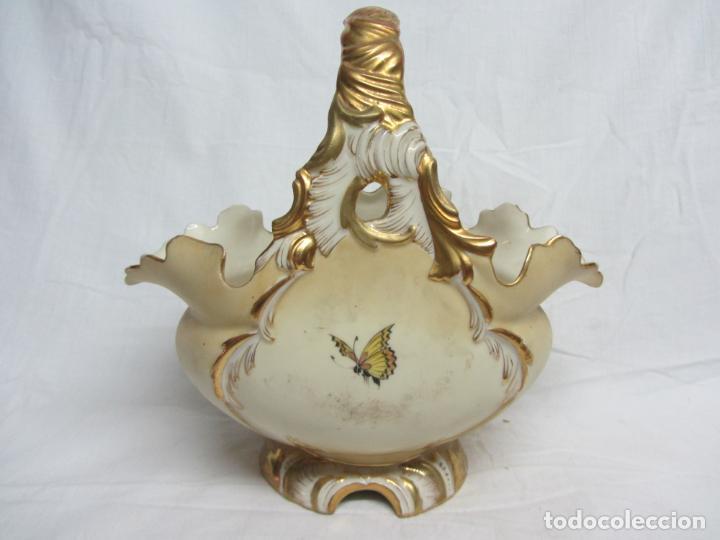 Antigüedades: Cesto de porcelana de principios s.XX marca en base - Foto 3 - 198307740