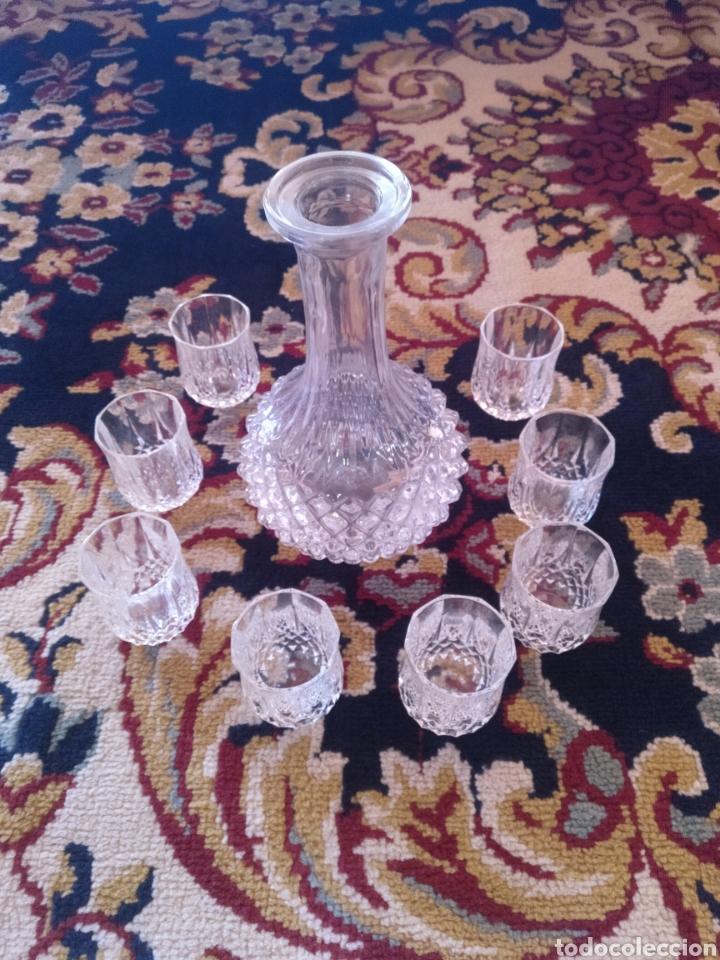 LICOLERA CON 8 VASOS CHUPITO (Antigüedades - Cristal y Vidrio - Otros)
