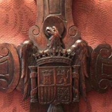 Antigüedades: PERCHERO ENTRADA TALLADO A MANO.. Lote 198327558