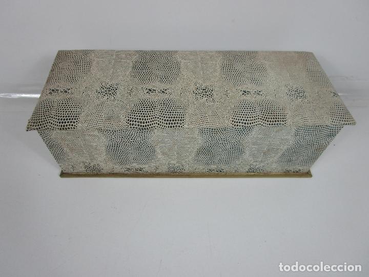 Antigüedades: Lote de Abanicos - Hueso, Oriental Madera, etc - Caja y Estuche para Abanicos - para Restauración - Foto 19 - 198333237