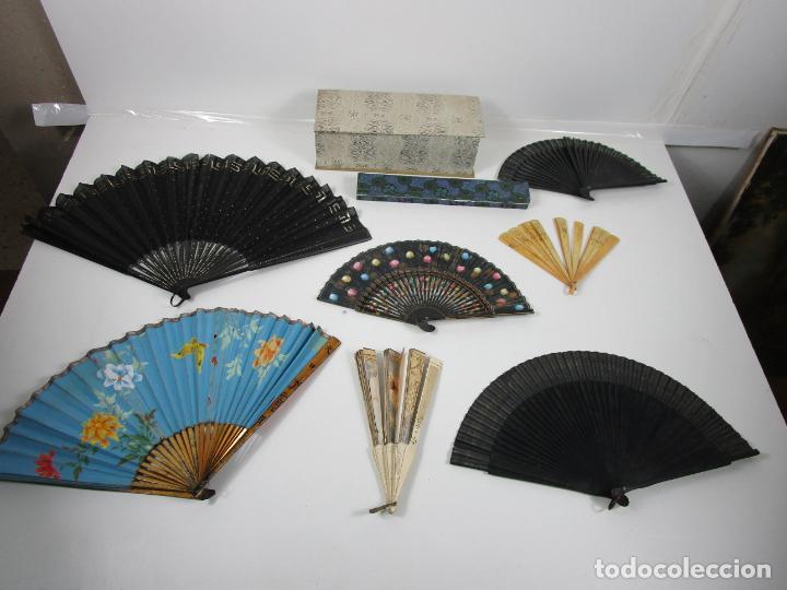 LOTE DE ABANICOS - HUESO, ORIENTAL MADERA, ETC - CAJA Y ESTUCHE PARA ABANICOS - PARA RESTAURACIÓN (Antigüedades - Moda - Abanicos Antiguos)