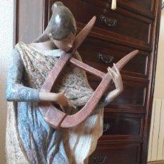 Antigüedades: LA MUSA LÍRICA. Lote 198380498