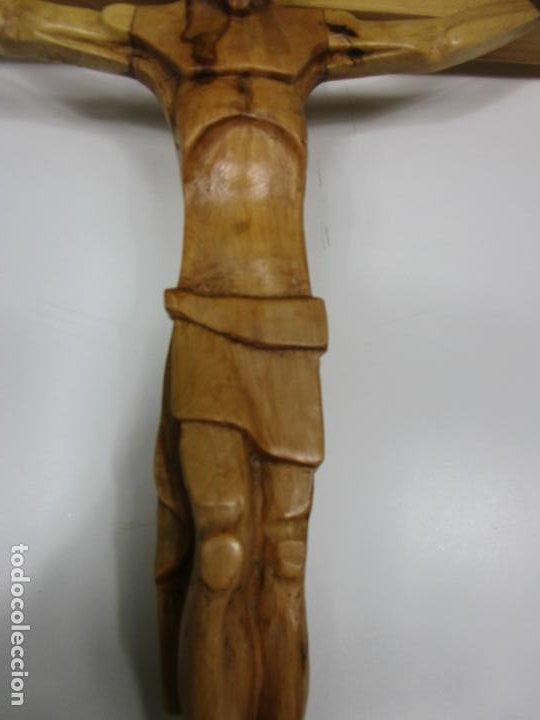 Antigüedades: Crucifijo - Cristo a la Cruz - Talla en Madera de Boj - 62 cm Altura - Foto 3 - 198391072