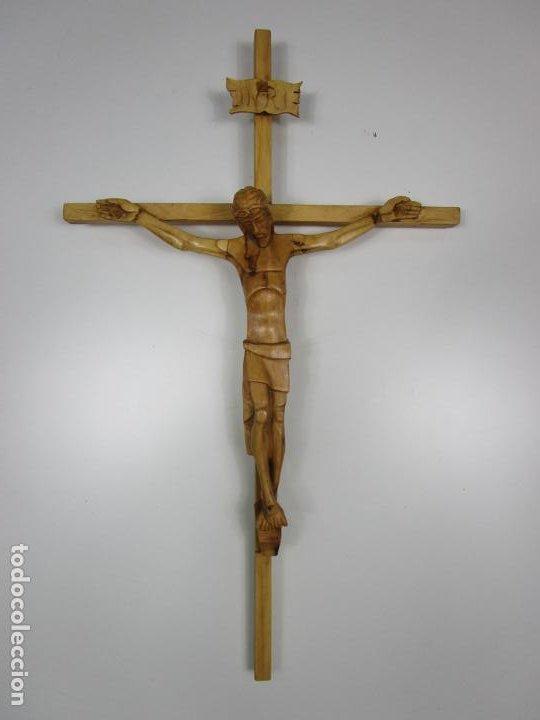 Antigüedades: Crucifijo - Cristo a la Cruz - Talla en Madera de Boj - 62 cm Altura - Foto 8 - 198391072