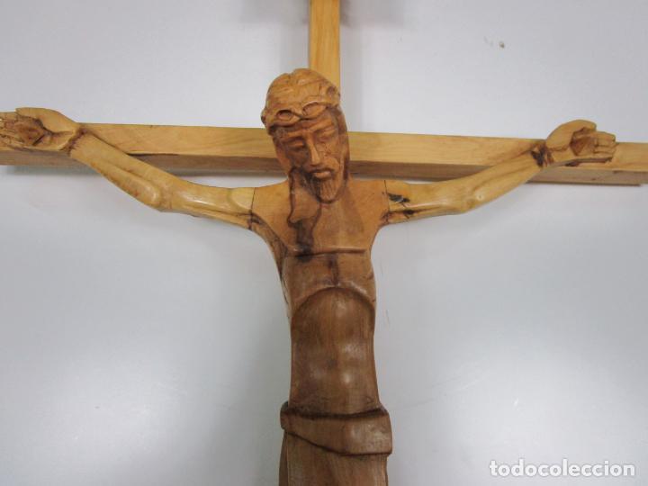 Antigüedades: Crucifijo - Cristo a la Cruz - Talla en Madera de Boj - 62 cm Altura - Foto 11 - 198391072