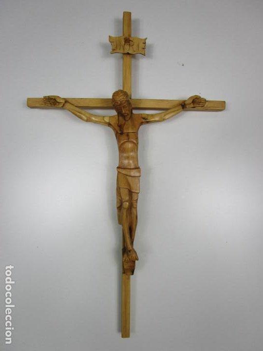 Antigüedades: Crucifijo - Cristo a la Cruz - Talla en Madera de Boj - 62 cm Altura - Foto 14 - 198391072