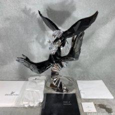 Antigüedades: SWAROVSKI SCS PAIR OF EAGLE (PAREJA DE AGUILAS CALVAS) 2015 EDICIÓN LIMITADA. Lote 198397167
