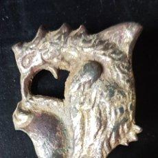 Antigüedades: CLAVO BRONCE SOBREDORADO MUEBLE O BARGUEÑO. Lote 198399722