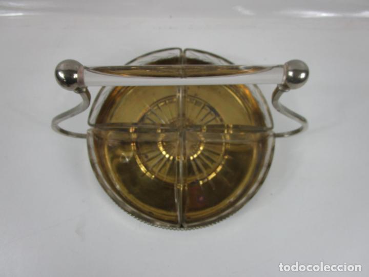 Antigüedades: Bandeja Plateada - Departamentos en Cristal Tallado - con Asa Cristal - Ideal para Frutos Secos, etc - Foto 8 - 198459100