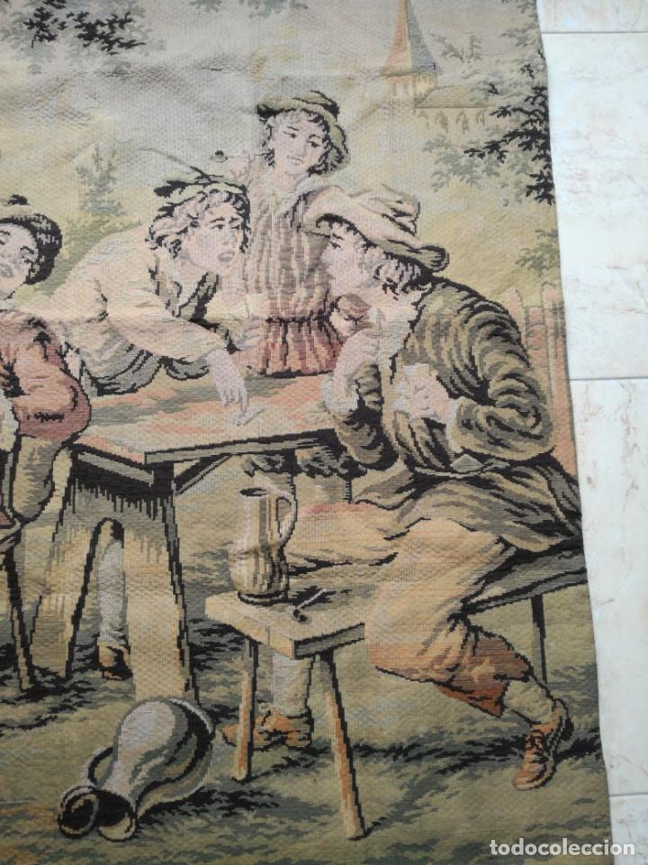 Antigüedades: GRAN TAPIZ ANTIGUO CON ESCENA DE TABERNA. - Foto 3 - 198522167