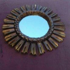 Antigüedades: ESPEJO SOL DE MADERA. Lote 198531632