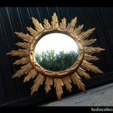 Antigüedades: ESPEJO SOL DE MADERA. Lote 198531796