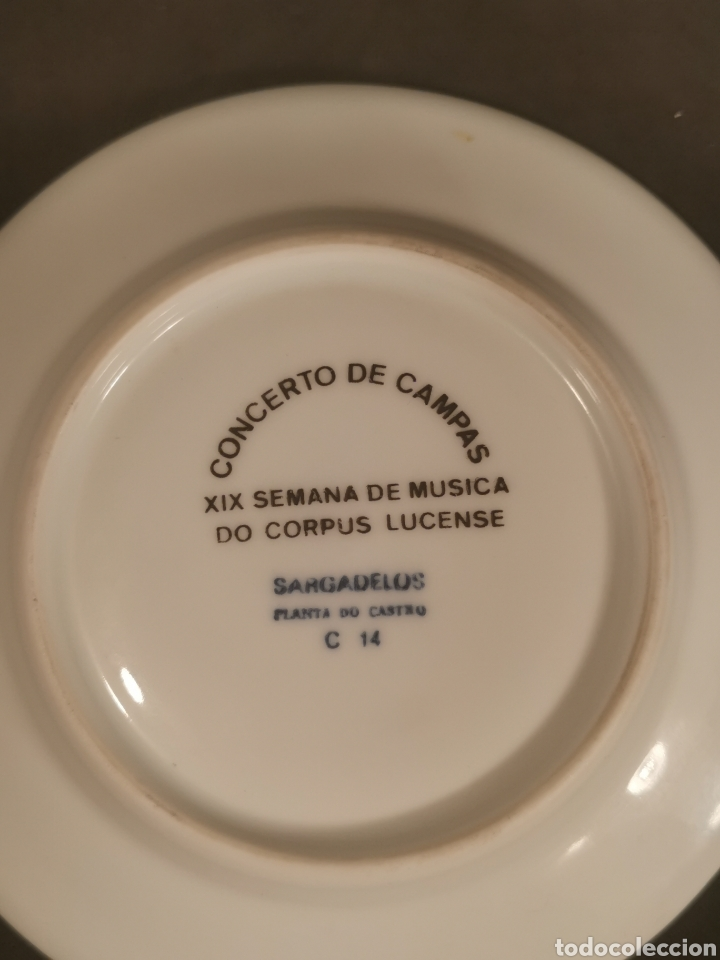 Antigüedades: Plato porcelana Sargadelos con el escudo Ciudad de Lugo. Planta Castro. - Foto 3 - 198538626