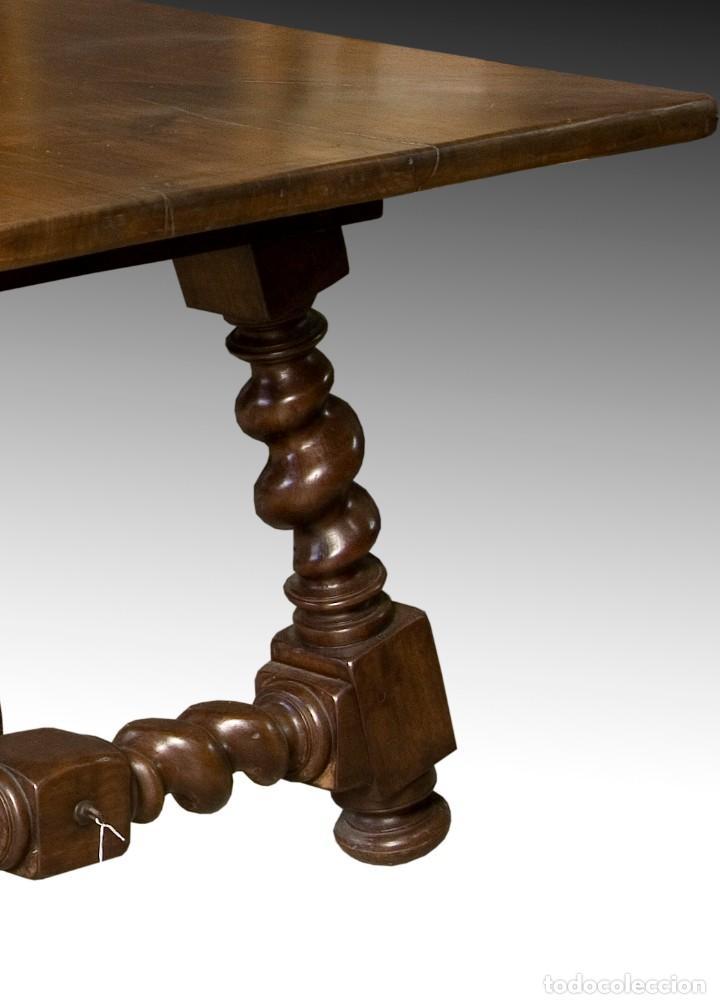 Antigüedades: Mesa de comedor con pata salomónica, siglo XX. - Foto 4 - 198680127