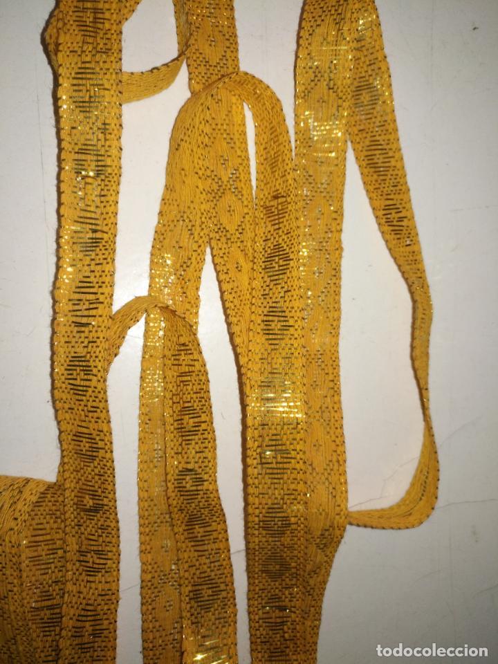 Antigüedades: ref: COR-4 1 METRO X 1,6 CM ANTIGUO GALON HOJILLA ORO METAL IDEAL VIRGEN SEMANA SANTA - Foto 3 - 211451059