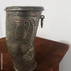 Antigüedades: BASO ANTIGUO EN ASTA Y PLATA COLONIAL. Lote 198782888
