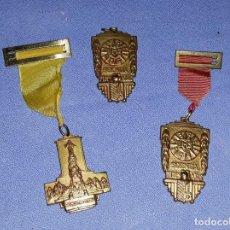 Antigüedades: ANTIGUO LOTE DE MEDALLAS O CONDECORACIONES RELIGIOSAS ORIGINALES. Lote 198886912