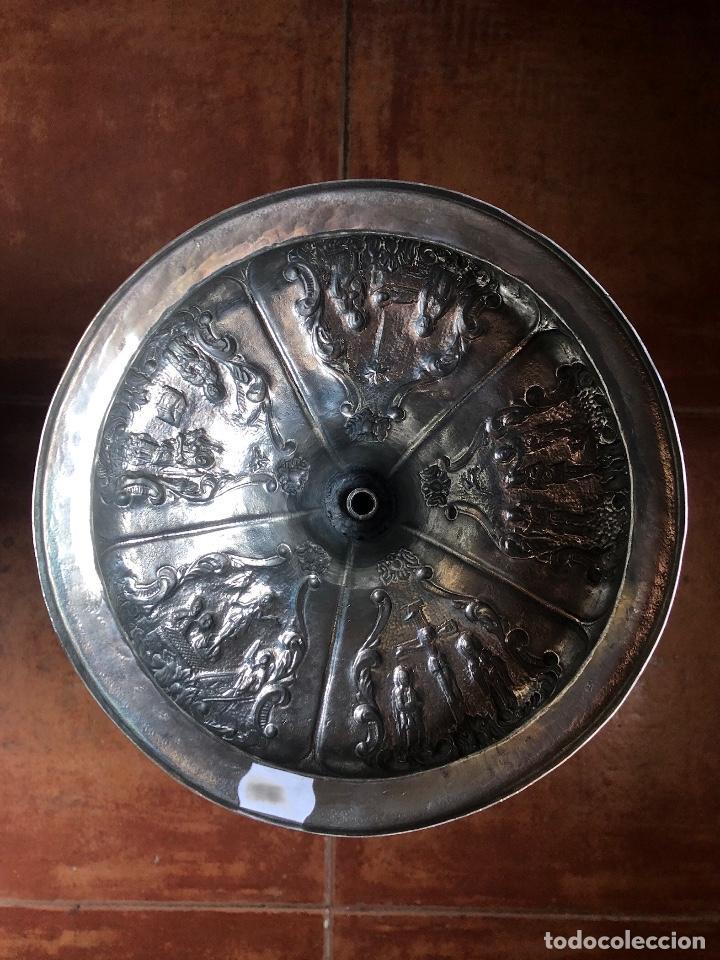 Antigüedades: Precioso cáliz con escenas religiosas de los Santos Misterios - Foto 23 - 197948015