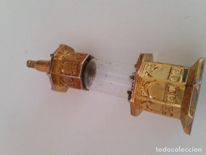 ANTIGUO PERFUMERO DE COLECCION. HECHO EN CRISTAL Y METAL DORADO SELLADO G.300,1L PERFUME GUERLIN (Antigüedades - Moda - Otros)