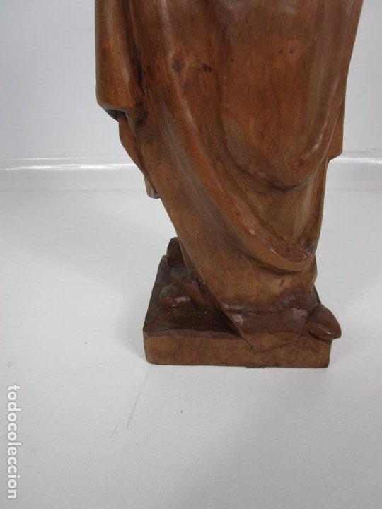 Antigüedades: Virgen con Niño - Talla de madera - Talleres de Olot - 43 cm Altura - Años 50 - Foto 2 - 198981670