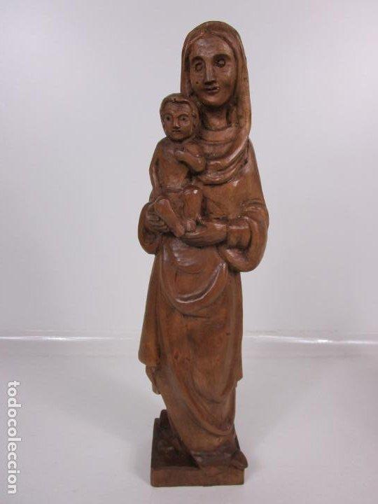 VIRGEN CON NIÑO - TALLA DE MADERA - TALLERES DE OLOT - 43 CM ALTURA - AÑOS 50 (Antigüedades - Religiosas - Varios)