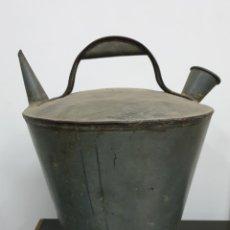 Antigüedades: BOTIJO CANTIR DE ZINC. Lote 198983245