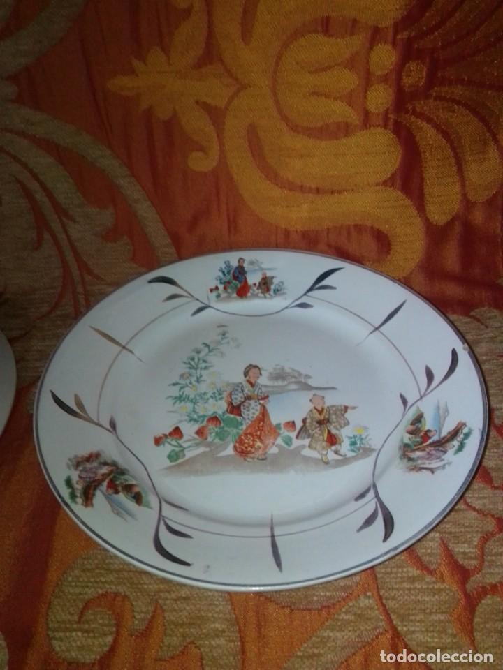 Antigüedades: Antigua pareja de platos San Claudio Oviedo con motivos chinos - Foto 10 - 199043068