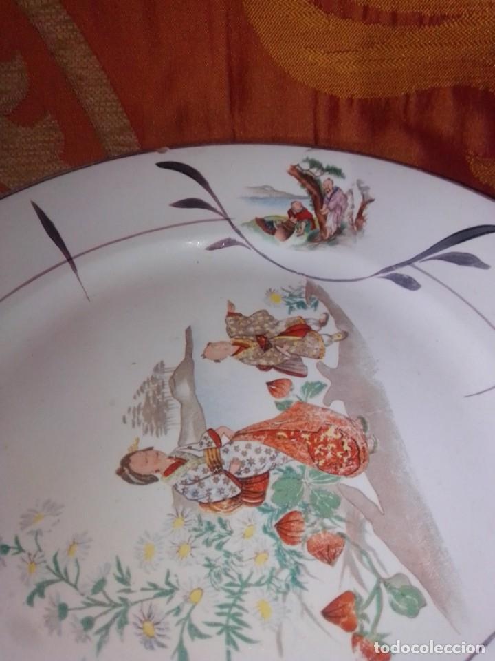 Antigüedades: Antigua pareja de platos San Claudio Oviedo con motivos chinos - Foto 12 - 199043068