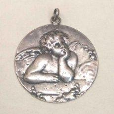 Antigüedades: ANGEL DE LA GUARDA DE RAFAEL MEDALLA DE CUNA PLATA CUÑO 925. MED. 4,5 CM. Lote 199086538